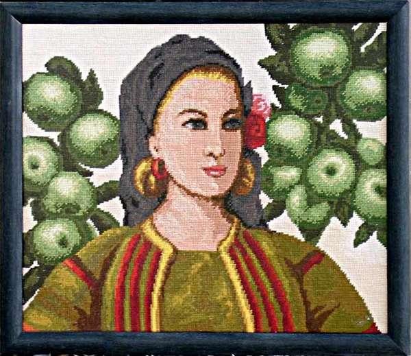 Момиче с ябълки